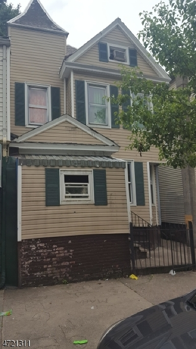 Paterson City Multi Family Home For Sale: 218 17th Ave