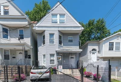 Newark City Single Family Home For Sale: 230 4th St