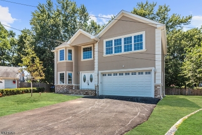 Edison Twp. Single Family Home For Sale: 7 Dill Ct