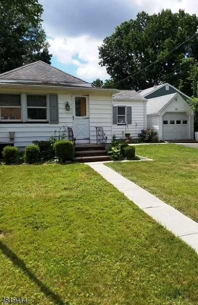 Roselle Park Boro Single Family Home For Sale: 430 W Colfax Ave