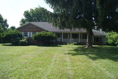 Raritan Twp. Single Family Home For Sale: 61 Old York Rd