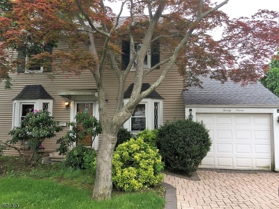 Clifton City Single Family Home For Sale: 25 Burlington Rd