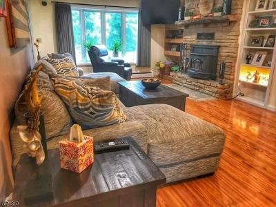 Raritan Twp. Single Family Home For Sale: 87 Old Croton Rd