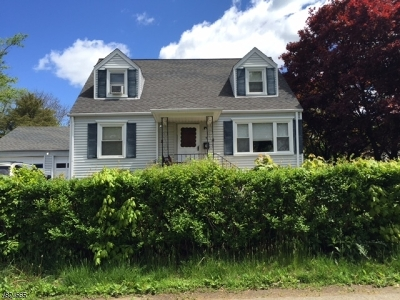 Roxbury Twp. Single Family Home For Sale: 4 Sunset Ter
