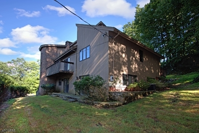 Mendham Boro, Mendham Twp. Single Family Home For Sale: 2 Michael Rd