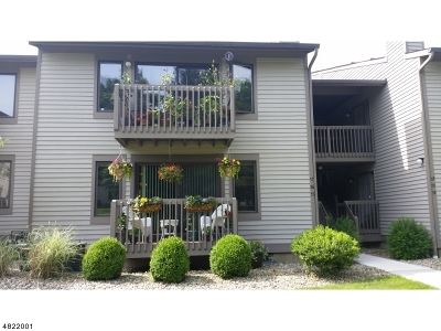 Union Twp. Condo/Townhouse For Sale: 57 Sam Bonnell Drive