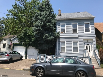 Paterson City Multi Family Home For Sale: 251-253 Liberty St
