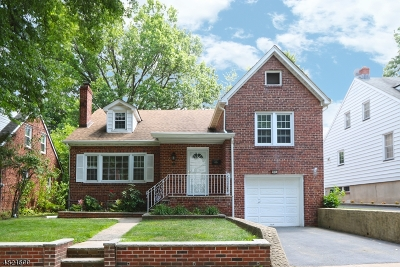 Bloomfield Twp. Single Family Home For Sale: 51 Ferncliff Rd