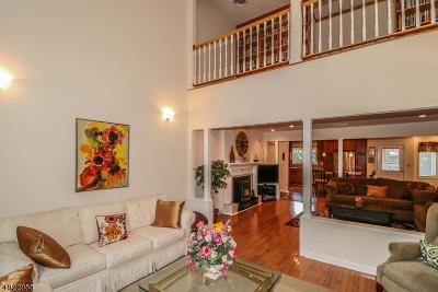 Raritan Twp. Single Family Home For Sale: 21 Bonetown Rd