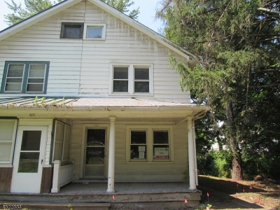 Alexandria Twp. Single Family Home For Sale: 502 Milford-Frenchtown Rd