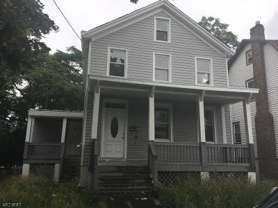 Bloomfield Twp. Multi Family Home For Sale: 77 Hill Street