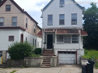 Passaic City Single Family Home For Sale: 423 Highland Ave
