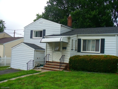 Belleville Twp. Single Family Home For Sale: 236 Fairway Ave