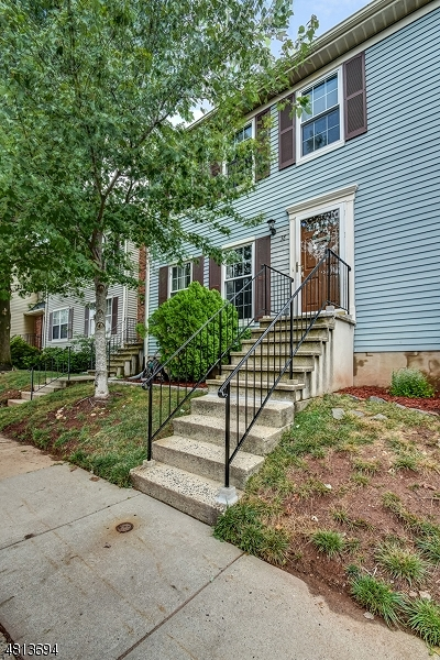 Franklin Twp. NJ Condo/Townhouse For Sale: $249,000