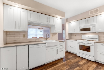 Chatham Twp. Condo/Townhouse For Sale: 21g Heritage Dr