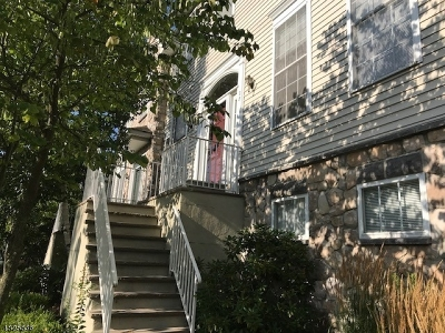 Randolph Twp. Condo/Townhouse For Sale: 28 Arrowgate Dr