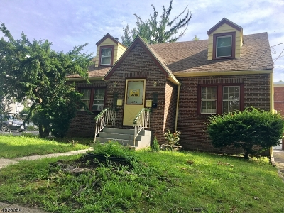 Belleville Twp. Multi Family Home For Sale: 178-182 Mill St