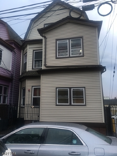Paterson City Multi Family Home For Sale: 274 Carroll St