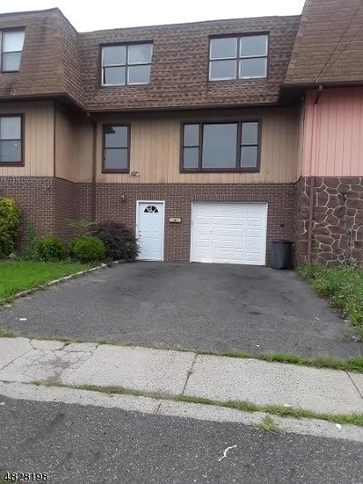 Elizabeth City Condo/Townhouse For Sale: 428 Doyle St