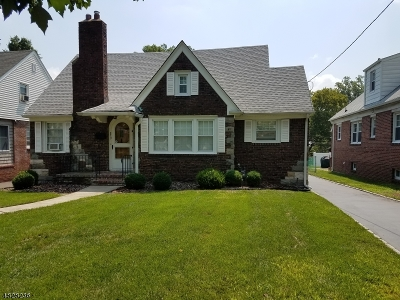 Union Twp. Single Family Home For Sale: 859 Townley Ave