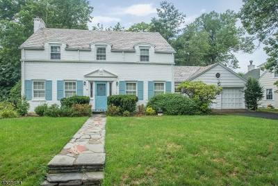 West Caldwell Twp. Single Family Home For Sale: 29 Francisco Ave