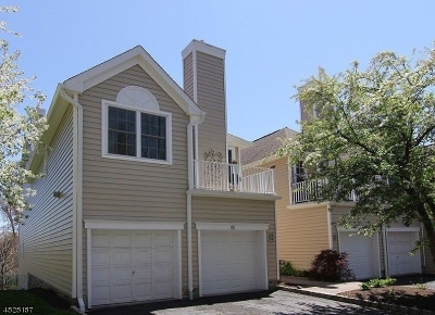 Berkeley Heights Condo/Townhouse For Sale: 80 Springholm Dr #80