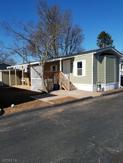 Branchburg Twp. Single Family Home For Sale: 457 Kenbury Rd #457