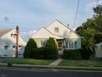 Totowa Boro Single Family Home For Sale: 17 Dunkerly St