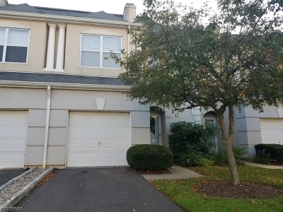 Wayne Twp. Condo/Townhouse For Sale: 8202 Brittany Dr #8202