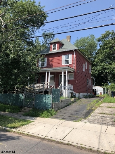 Single Family Home For Sale: 964 W 4th St