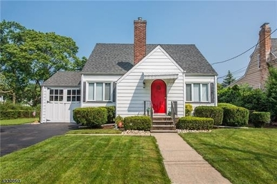 Piscataway Twp. NJ Single Family Home For Sale: $289,000