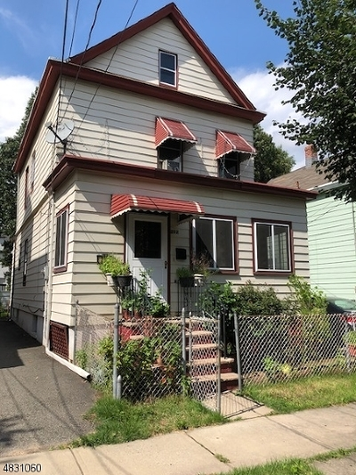 Clifton City Single Family Home For Sale: 252 Burgess Pl