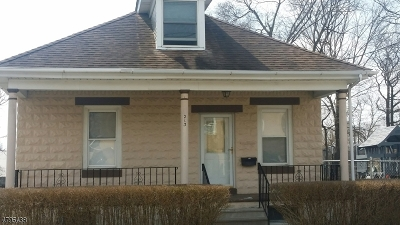 Warren County Single Family Home For Sale: 213 E Central Ave