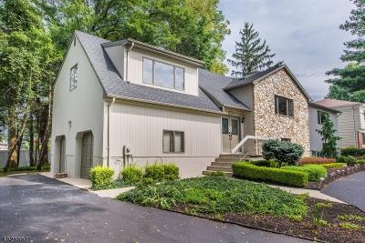 Marlboro Twp. Single Family Home For Sale: 104 Gordons Corner Rd