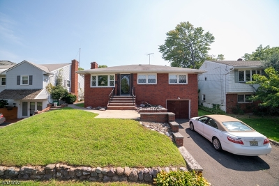 Kenilworth Boro Single Family Home For Sale: 329 N 16th St