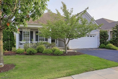 Franklin Twp. Single Family Home For Sale: 521 Crossfields Ln