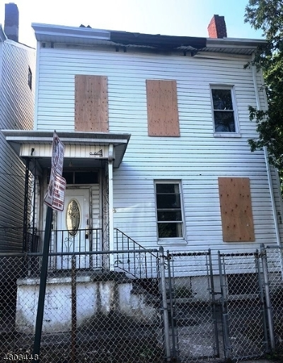 Paterson City Multi Family Home For Sale: 56 N 5th St