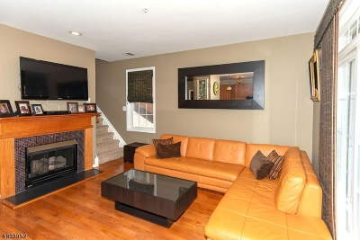 Clifton City Condo/Townhouse For Sale: 164 George Russell Way