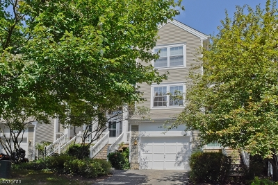 Randolph Twp. Condo/Townhouse For Sale: 35 Woodmont Dr