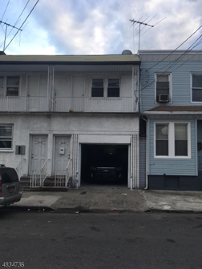 Ironbound Single Family Home For Sale: 224-1/2 Astor