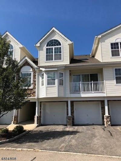 Roxbury Twp. Condo/Townhouse For Sale: 22 Pondside Dr