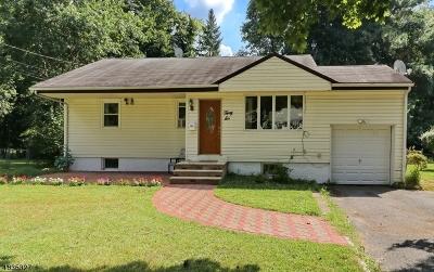 Livingston Single Family Home For Sale: 36 Fellswood Dr