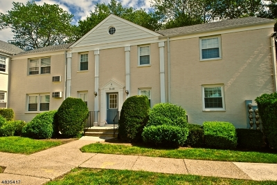 Union Twp. Condo/Townhouse For Sale: 16 Bashford Ave