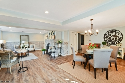 New Providence Condo/Townhouse For Sale: 29 Murray Hill Sq