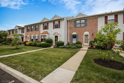 Bernards Twp., Bergenfield Boro Condo/Townhouse For Sale: 278 Penns Way
