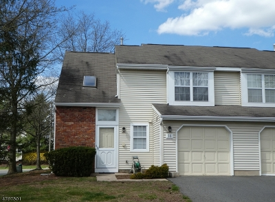 Franklin Twp. Condo/Townhouse For Sale: 55 Whitby Cir