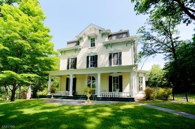 Long Hill Twp Single Family Home For Sale: 101 Oaks Rd
