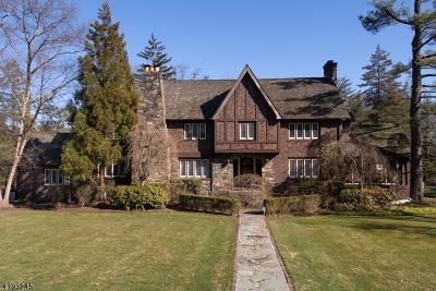 Millburn Twp. Single Family Home For Sale: 2 Oaklawn Rd