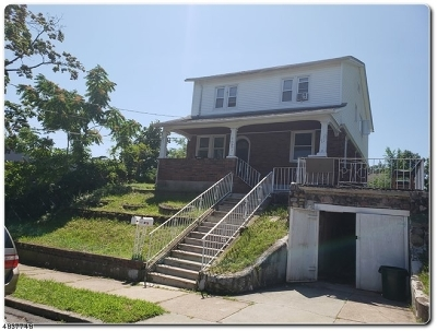 Totowa Boro Multi Family Home For Sale: 105 Jefferson Pl