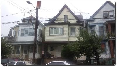 Paterson City Multi Family Home For Sale: 864 E 23rd St